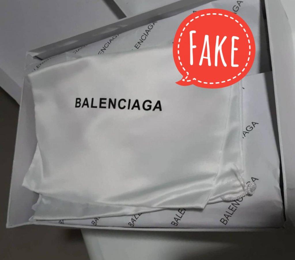 Fake Balenciaga shoes box with dust bag